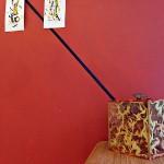 """Vue d'exposition"" - Oeunigma livre-objet - geste d'encres verticale"