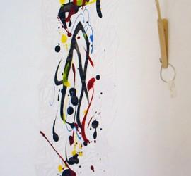 Papier découpés sur geste d'encres verticale